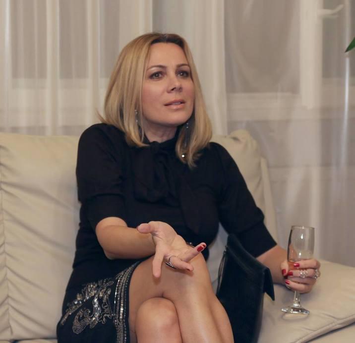 Dana Săvuică