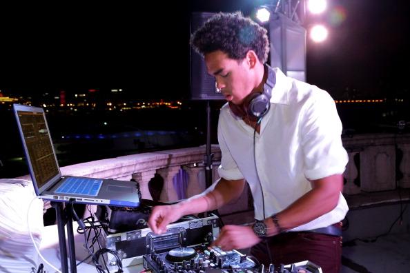 Trey activează ca DJ în America