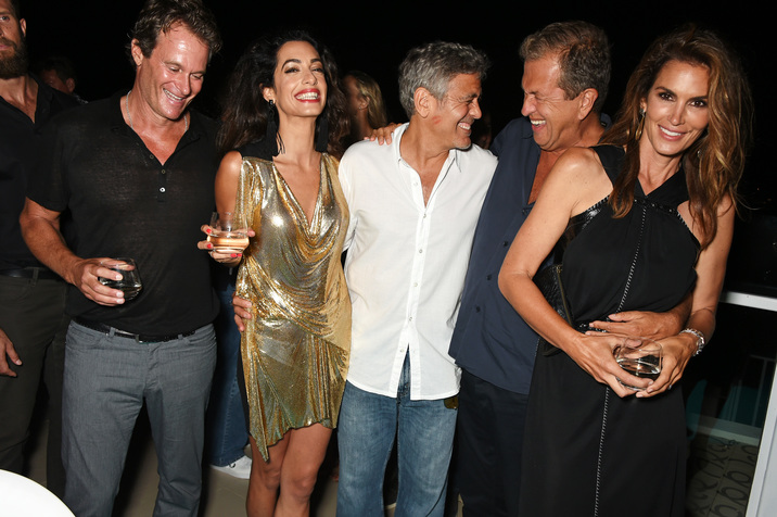 IBIZA, SPAIN - AUGUST 23:  (L to R)  Founder of Casamigos Tequila Rande Gerber, Amal Clooney, Founder of Casamigos Tequila George Clooney, Mario Testino and Cindy Crawford attend as Casamigos founders Rande Gerber, George Clooney and Mike Meldman host the official launch of Casamigos Tequila in Ibiza and Spain at Ushuaia Ibiza Beach Hotel on August 23, 2015 in Ibiza, Spain.  (Photo by David M. Benett/Dave Benett/Getty Images for Casamigos Tequila)