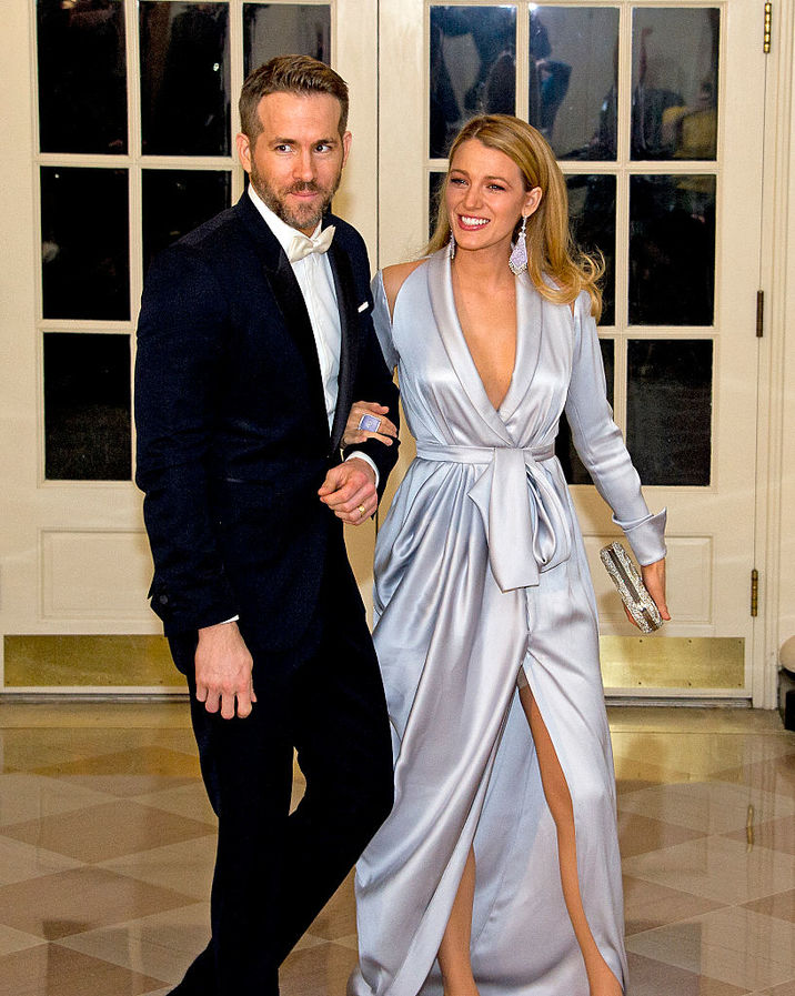 WASHINGTON, DC - MARCH 10: Actors Ryan Reynolds and Blake Lively arrive for the State Dinner in honor of Prime Minister Trudeau and Mrs. Sophie Trudeau of Canada at the White House March 10, 2016 in Washington, DC. (Photo by Ron Sachs-Pool/Getty Images)