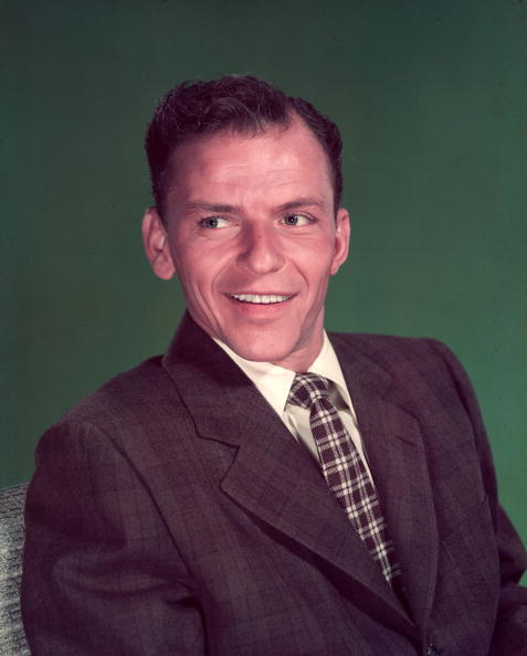 Legenda muzicii din era swing, Frank Sinatra!