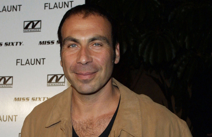 "Actor Taylor Negron arrives at the premiere of ""Donnie Darko"" at the Egyptian Theatre October 22, 2001 in Hollywood, CA. –– PHOTO CREDIT: Jason Kirk/Getty Images"