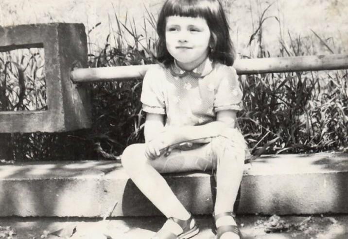Simona Gherghe copil