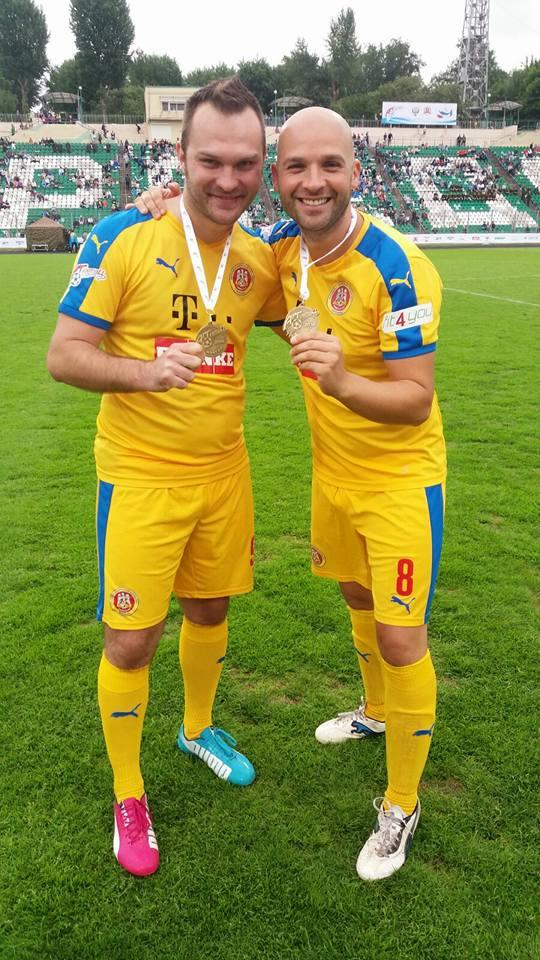 Ionica Morosanu si Andrei Alb Negru