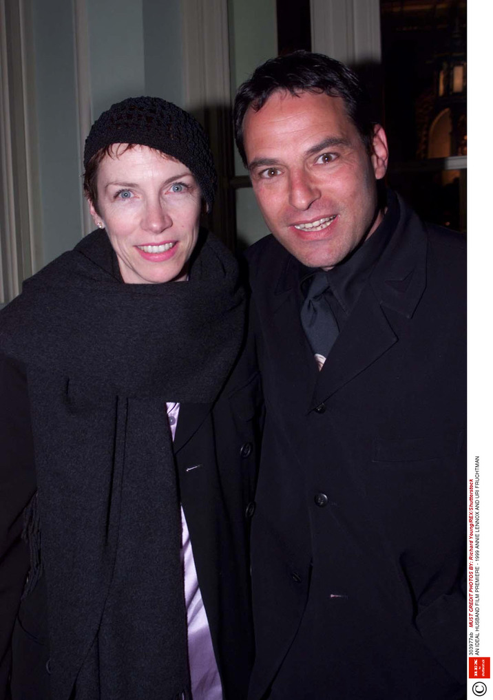 Mandatory Credit: Photo by Richard Young/REX/Shutterstock (303977ab) ANNIE LENNOX AND URI FRUCHTMAN AN IDEAL HUSBAND FILM PREMIERE - 1999