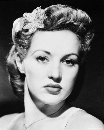 Betty a fost americanca cel mai bine plătită în 1946 şi 1947.