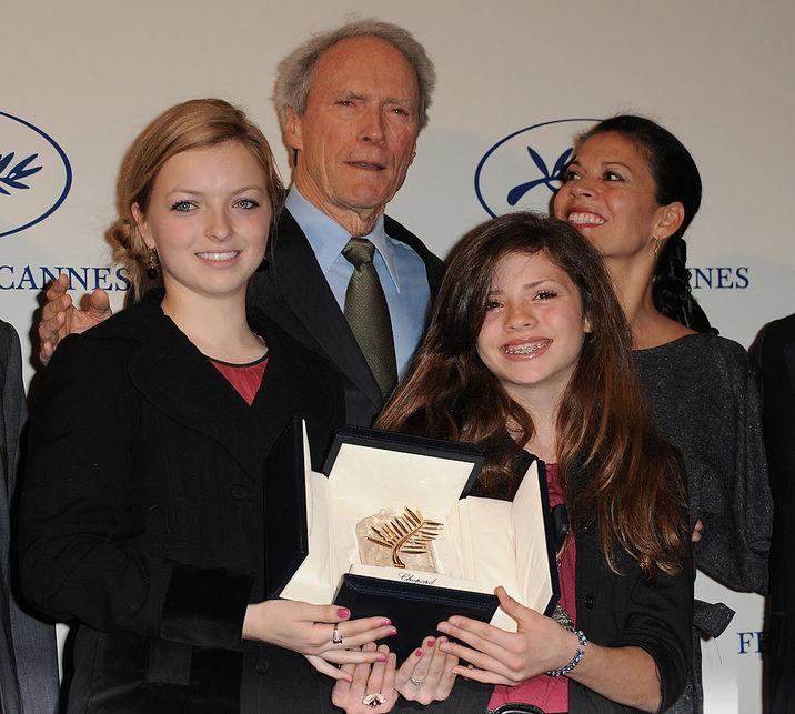 În 2009, Clint şi soţia Dina, cu Francesca şi Morgan