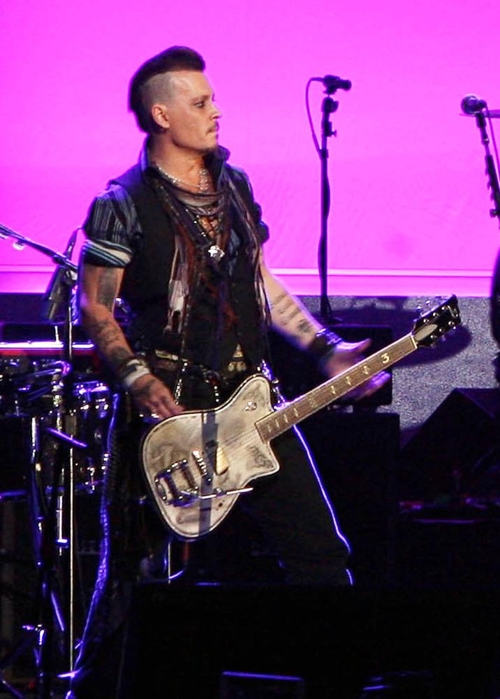 Johnny Depp în concert