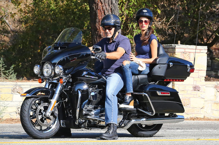 Exclusive... 52150834 Actor George Clooney takes his wife Amal Clooney for a ride on his Harley along Mulholland highway in Los Angeles, California on August 19, 2016. Rumors have been swirling that Amal is pregnant. (Hollywood Life) ***NO USE W/O PRIOR AGREEMENT - CALL FOR PRICING*** FameFlynet, Inc - Beverly Hills, CA, USA - +1 (310) 505-9876