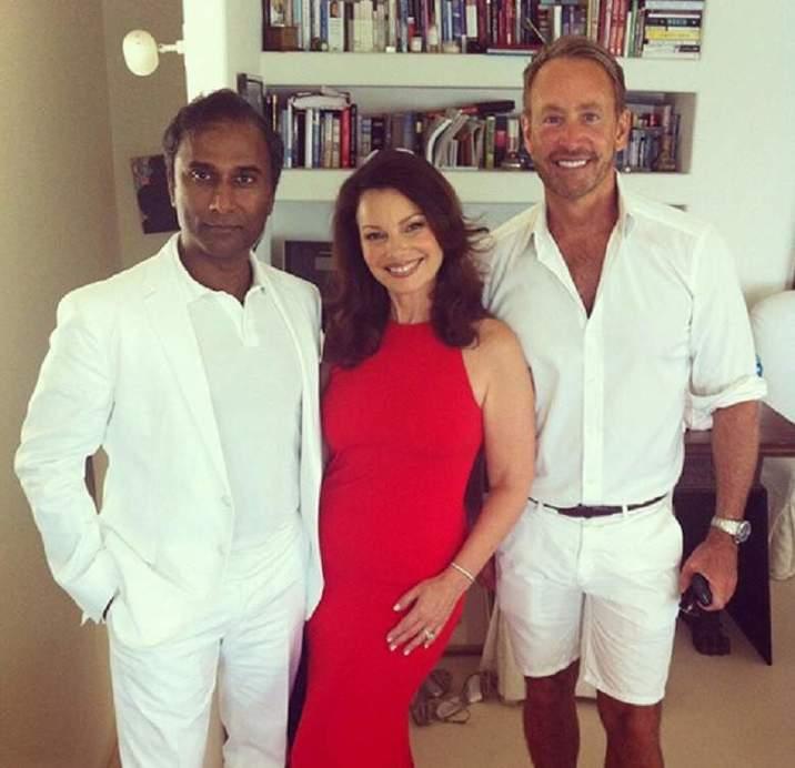 Fran şi Shiva, alături de fostul soţ gay al actriţei