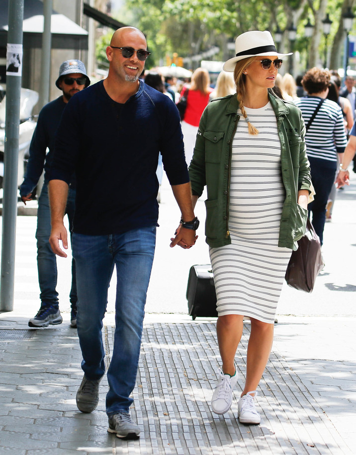 52073433 Pregnant model Bar Refaeli and husband Adi Ezra are seen enjoying their vacation in Barcelona, Spain on May 26, 2016. Bar is expecting her first baby with Adi, a millionaire Israeli businessman. **NO LATIN AMERICA/NO SPAIN/NO PORTUGAL** FameFlynet, Inc - Beverly Hills, CA, USA - +1 (310) 505-9876 RESTRICTIONS APPLY: SEE CAPTION FOR RESTRICTIONS