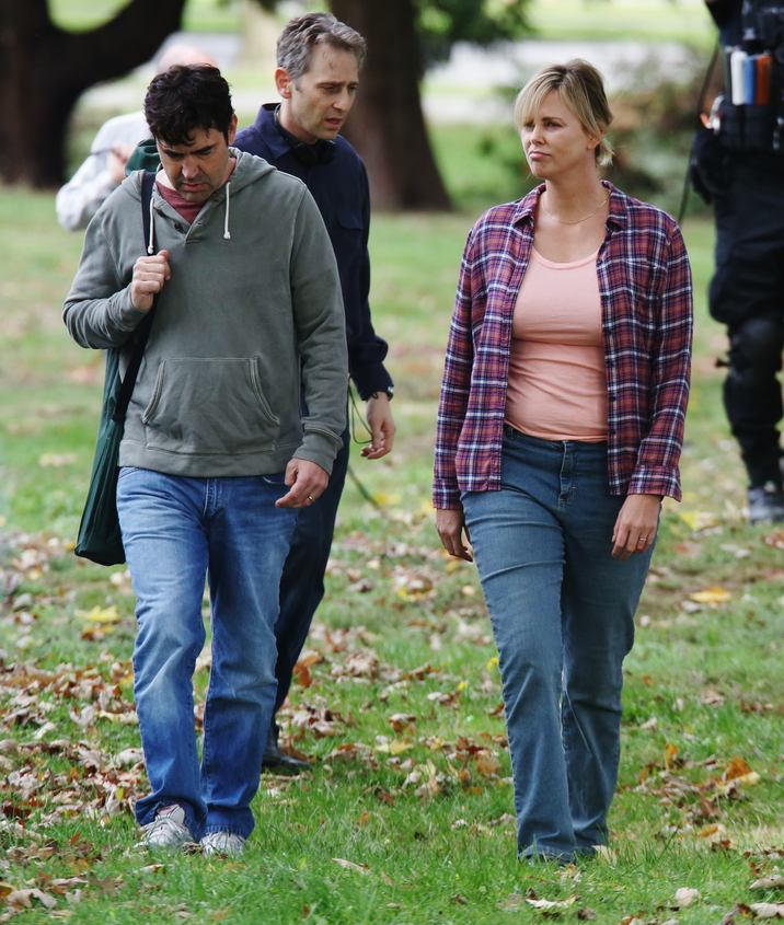 52186082 Actress Charlize Theron is spotted on the set of 'Tully' in Vancouver, Canada on September 26, 2016. The film is about Marlo, a mother of three including a newborn, who is gifted a night nanny by her brother. Hesitant to the extravagance at first, Marlo comes to form a unique bond with the thoughtful, surprising and sometimes challenging young nanny named Tully. FameFlynet, Inc - Beverly Hills, CA, USA - +1 (310) 505-9876