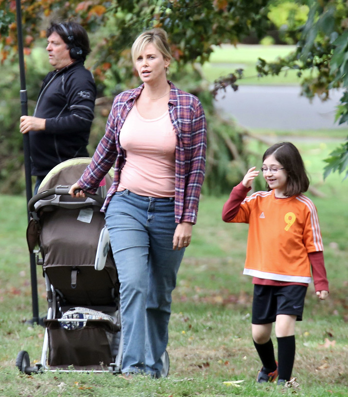 52186013 Actress Charlize Theron is spotted set of 'Tully' in Vancouver, Canada on September 26, 2016. The film is about Marlo, a mother of three including a newborn, who is gifted a night nanny by her brother. Hesitant to the extravagance at first, Marlo comes to form a unique bond with the thoughtful, surprising and sometimes challenging young nanny named Tully. FameFlynet, Inc - Beverly Hills, CA, USA - +1 (310) 505-9876