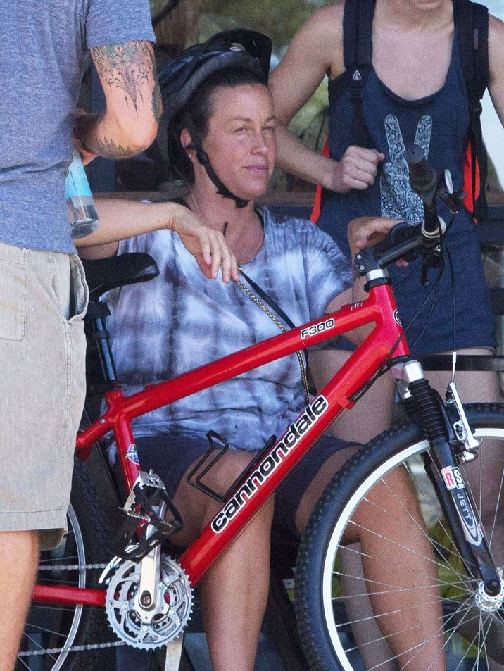 """52187080 """"Ironic"""" singer Alanis Morissette is spotted at a market in Malibu, California with her husband Mario Treadway and their son Ever on September 27, 2016. Missing from the family outing was the proud parent's baby girl, Onyx Solace, who was born this past June. FameFlynet, Inc - Beverly Hills, CA, USA - +1 (310) 505-9876"""
