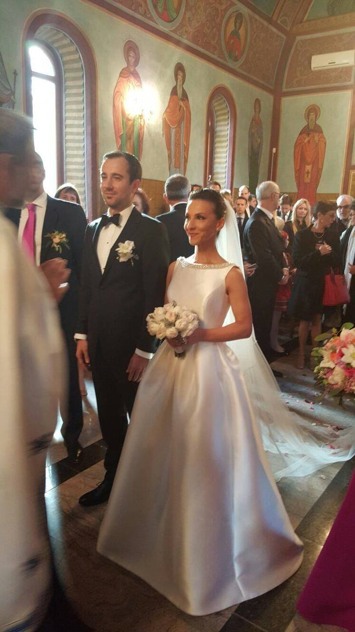 nunta Andreea Raducan (6) Daniel Tandreu biserica