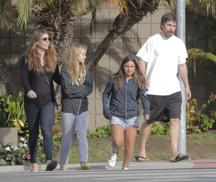 Exclusive... 52214836 Actor Christian Bale spotted out in Santa Monica, California on October 26, 2016. Christian was keeping it casual. FameFlynet, Inc - Beverly Hills, CA, USA - +1 (310) 505-9876