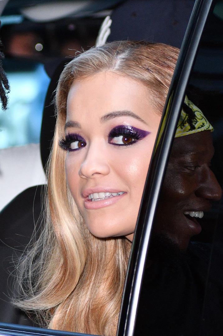 Singer Rita Ora wears an evening gown as she leaves her Soho apartment on August 26 2016 in New York City BANG MEDIA INTERNATIONAL FAMOUS PICTURES 28 HOLMES ROAD LONDON NW5 3AB UNITED KINGDOM tel +44 (0) 20 7485 1500 e-mail pictures@famous.uk.com www.famous.uk.com