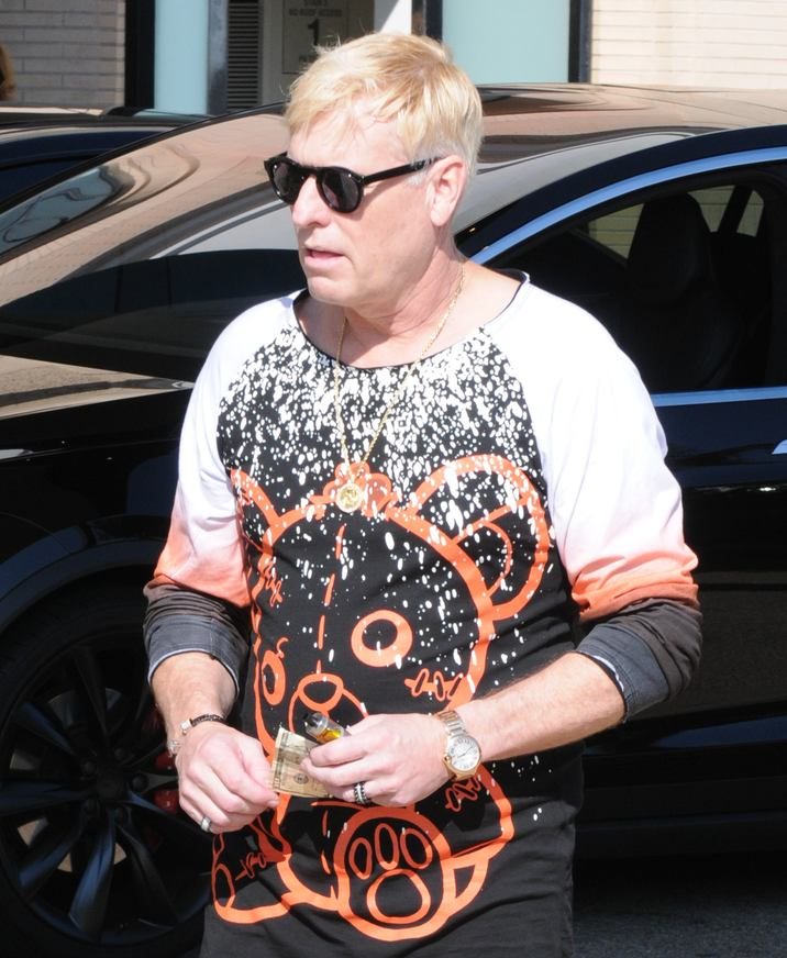 Exclusive... 52203494 Joe Simpson spotted at Barney's New York in Beverly Hills, California with his client Jonathan Keith on October 14, 2016. Joe wore a graphic sweater that had a red bear on it.  There have been longtime rumors that Joe and Jonathan are secretly dating. FameFlynet, Inc - Beverly Hills, CA, USA - +1 (310) 505-9876