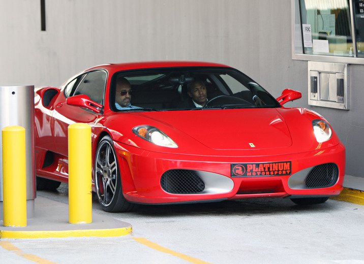 IMAGE ID # 1545149 Newlywed Nick Cannon shows off his new ride, a red Ferrari with his friend as he gets some cash from the bank in Beverly Hills Thursday afternoon. CR: Ghost/Fame Pictures 10/02/2008 --- Nick Cannon --- (C) 2008 Fame Pictures, Inc. - Santa Monica, CA, U.S.A - 310-395-0500 / Sales: 310-395-0500