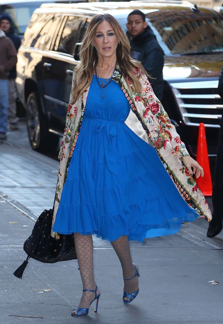 """Sarah Jessica Parker arrive à l'émission """"The View"""" à New York, le 28 novembre 2016. Sarah Jessica Parker is seen arriving at the tv show """"The View"""" in New York, on November 28th 2016."""
