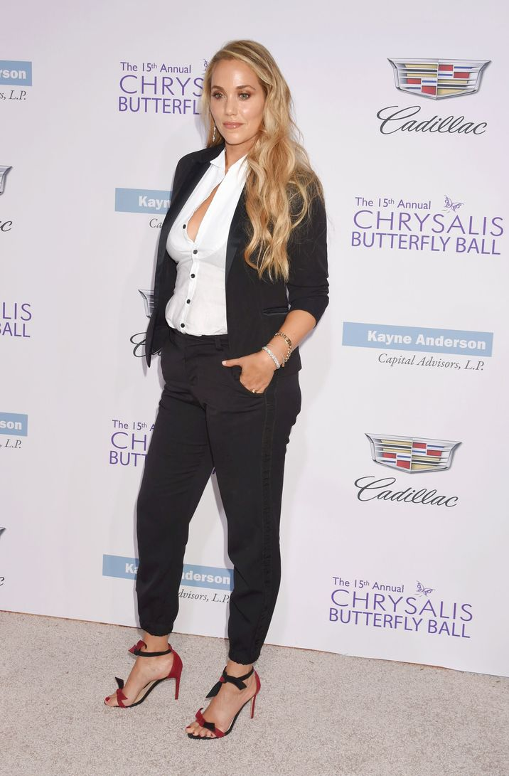 BRENTWOOD, CA - JUNE 11: Actress Elizabeth Berkley arrives at the 15th Annual Chrysalis Butterfly Ball at a private residence on June 11, 2016 in Brentwood, California. CAP/ROT/TM ©TM/ROT/Capital Pictures
