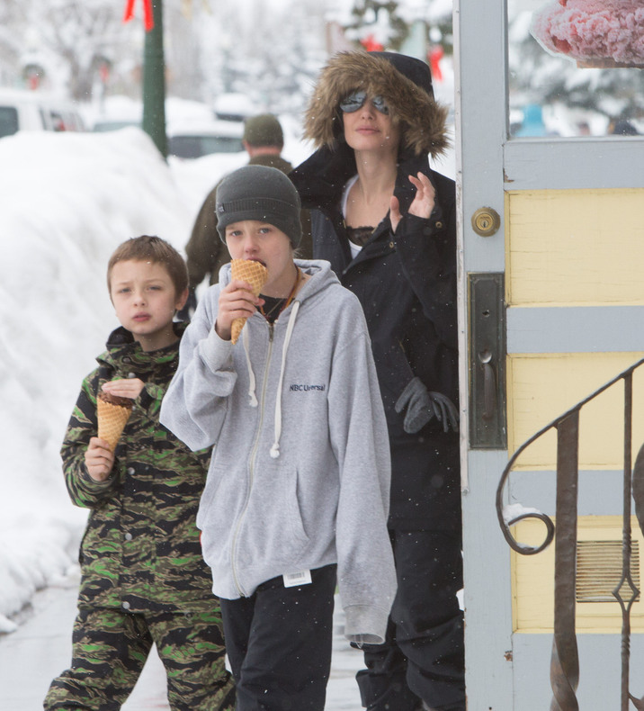 52270974 Actress Angelina Jolie is spotted out getting ice cream with her kids Shiloh and Knox in Crested Butte, Colorado on January 2, 2016.  Angelina is enjoying a winter vacation with her kids minus her estranged husband Brad Pitt with whom she split with late last year. FameFlynet, Inc - Beverly Hills, CA, USA - +1 (310) 505-9876
