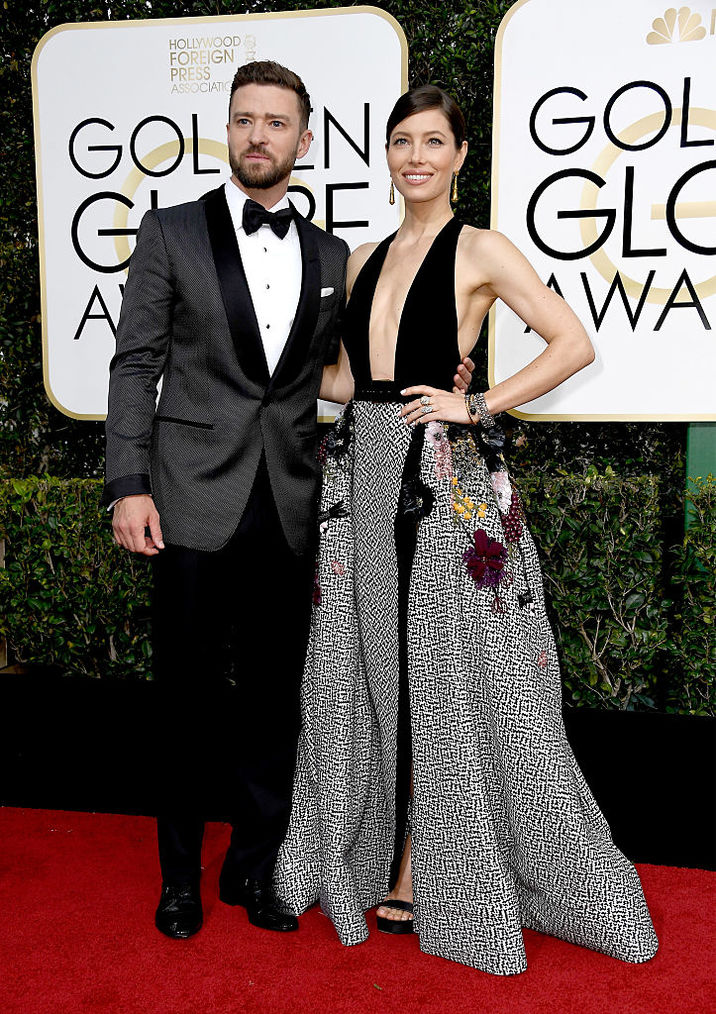 BEVERLY HILLS, CA - JANUARY 08: Recording artist Justin Timberlake (L) and actress Jessica Biel attend the 74th Annual Golden Globe Awards at The Beverly Hilton Hotel on January 8, 2017 in Beverly Hills, California. (Photo by Frazer Harrison/Getty Images)