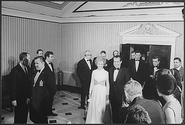 US President Richard Nixon and first lady Patricia Nixon arrive at an inaugural ball in Washington, D.C., USA on January 20, 1973. Photo by National Archives/MCT/ABACAPRESS.COM  | 175709_006 Washington