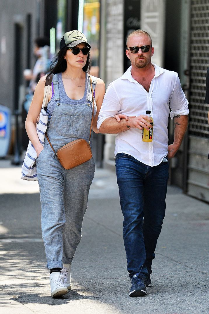 Exclusive... 52124881 Actress and producer Laura Prepon was spotted taking a walk with Ben Foster on July 16, 2016 in Soho, New York. The two talked with one another while grabbing juices before continuing their venture. FameFlynet, Inc - Beverly Hills, CA, USA - +1 (310) 505-9876