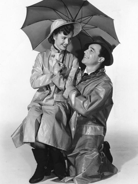 Singin' In the Rain. Debbie Reynolds rămâne în memoria tuturor ca parteneră a lui Gene Kelly în celebrul musical.