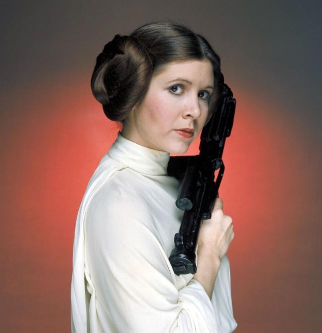 Independent de celebritatea părinţilor, Carrie Fisher a demonstrat că-ţi poate construi singură o carieră în Cetatea Filmului.