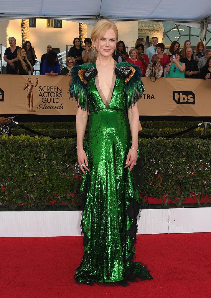 O fi verdele culoarea anului, însă apariţia lui Nicole în rochia Gucci a fost dezastruoasă.
