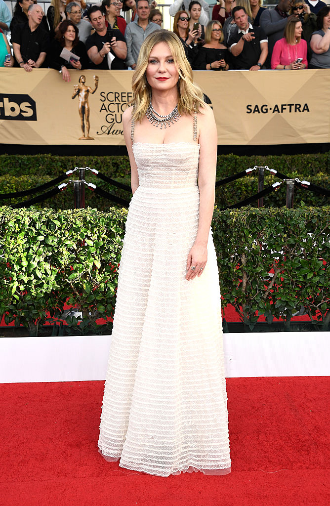 LOS ANGELES, CA - JANUARY 29: Actor Kirsten Dunst attends The 23rd Annual Screen Actors Guild Awards at The Shrine Auditorium on January 29, 2017 in Los Angeles, California. 26592_008 (Photo by Frazer Harrison/Getty Images)