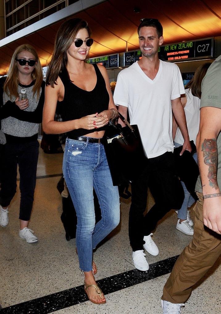 Miranda Kerr şi noul ei iubit de 25 de ani, Evan
