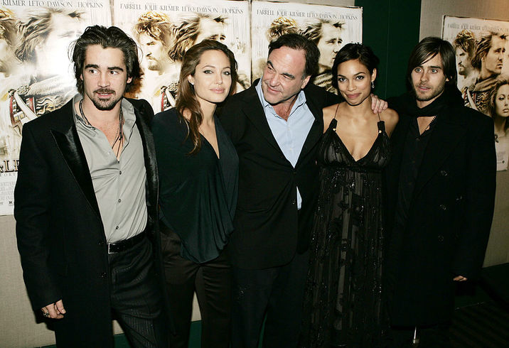 "NEW YORK - NOVEMBER 22:  (L-R) Actors Colin Farrell, Angelina Jolie, Director Oliver Stone, Actors Rosario Dawson and Jared Leto attend a special screening of ""Alexander"" at Lincoln Center on November 22, 2004 in New York City.  (Photo by Peter Kramer/Getty Images)"