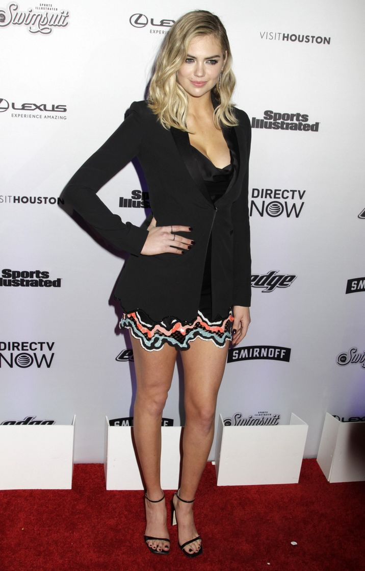 52318072 Celebrities attend the Sports Illustrated Swimsuit 2017 Launch Event in New York City, New York on February 16, 2017.  Celebrities attend the Sports Illustrated Swimsuit 2017 Launch Event in New York City, New York on February 16, 2017. Pictured: Kate Upton FameFlynet, Inc - Beverly Hills, CA, USA - +1 (310) 505-9876
