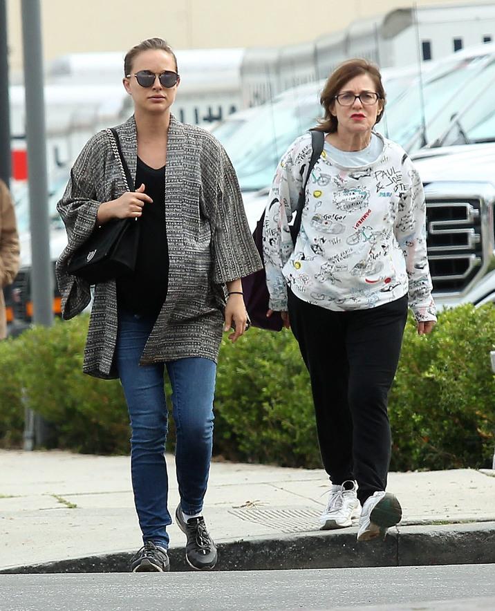 Natalie Portman şi mama sa