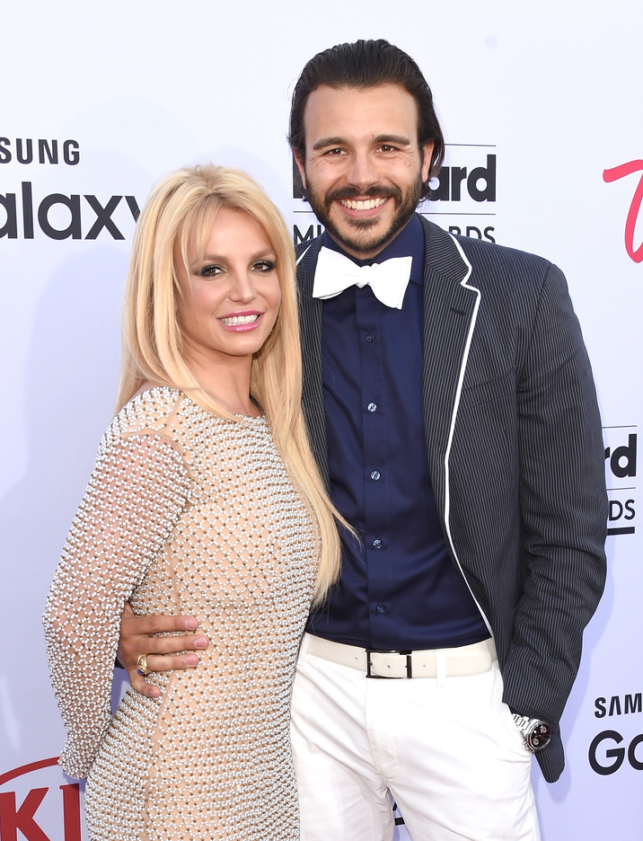 LAS VEGAS, NV - MAY 17:  Singer Britney Spears and Charlie Ebersol arrive at the 2015 Billboard Music Awards at MGM Garden Arena on May 17, 2015 in Las Vegas, Nevada.  (Photo by Jason Merritt/Getty Images)