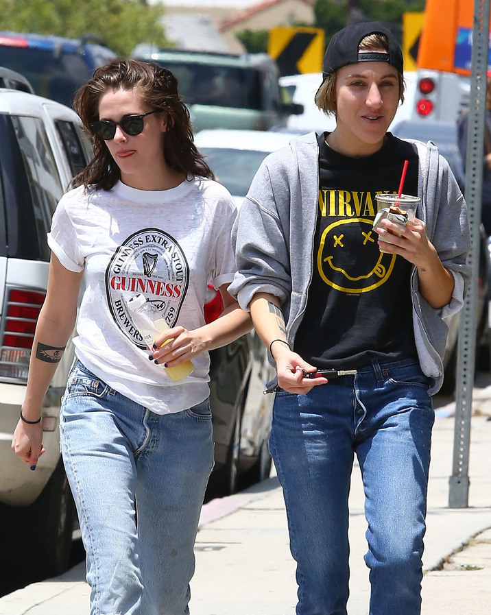 51765811 'Twilight' actress Kristen Stewart and her rumored girlfriend Alicia Cargile are spotted out for lunch in Silverlake, California on June 6, 2015. The pair laughed and joked as they tried to keep their heads down when heading back to the car. FameFlynet, Inc - Beverly Hills, CA, USA - +1 (818) 307-4813
