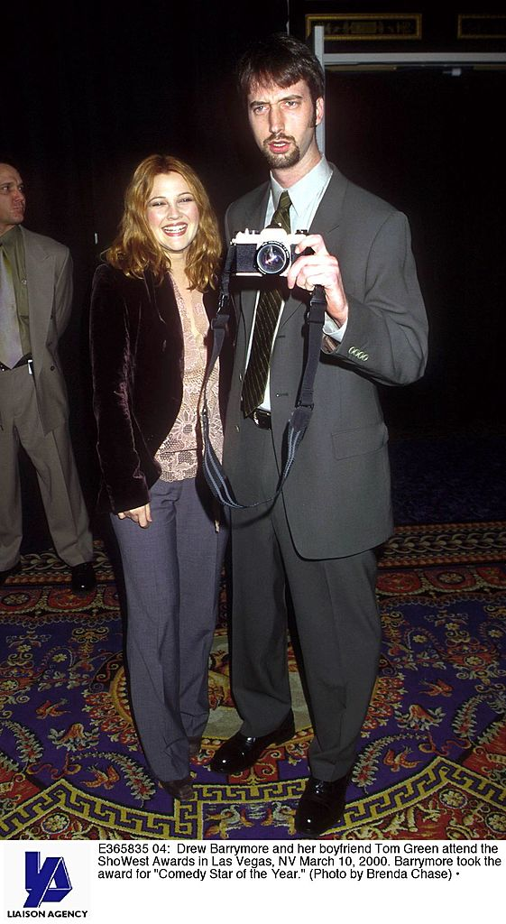"E365835 04: Drew Barrymore and her boyfriend Tom Green attend the ShoWest Awards in Las Vegas, NV March 10, 2000. Barrymore took the award for ""Comedy Star of the Year."" (Photo by Brenda Chase)"