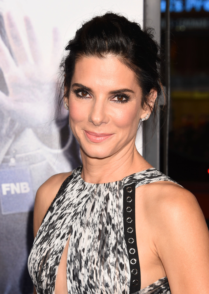 HOLLYWOOD, CA - OCTOBER 26: Actress Sandra Bullock arrives at the premiere of Warner Bros. Pictures' 'Our Brand Is Crisis' at TCL Chinese Theatre on October 26, 2015 in Hollywood, California. Credit: Mayer/face to face - No Rights for USA, Canada and France -