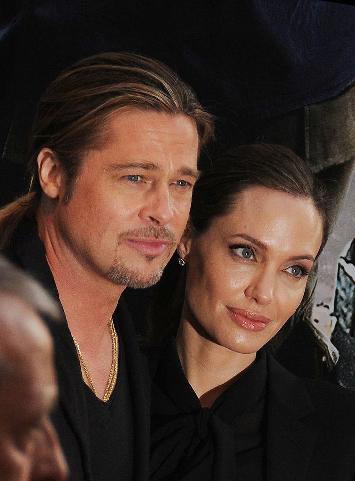 """Archives - Brad Pitt et Angelina Jolie à l'avant-premiere de """"World War Z"""" à Paris le 3 juin 2013 Brad Pitt and Angelina Jolie at the parisian premiere of """"World War Z"""" in Paris"""