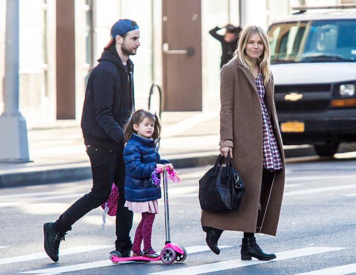 Exclusive... 52273005 Actress Sienna Miller and her ex-fiance Tom Sturridge were spotted taking their daughter Marlowe to play at a local playground in New York City, New York on January 10, 2017.  Actress Sienna Miller and her ex-fiance Tom Sturridge were spotted taking their daughter Marlowe to play at a local playground in New York City, New York on January 10, 2017. FameFlynet, Inc - Beverly Hills, CA, USA - +1 (310) 505-9876