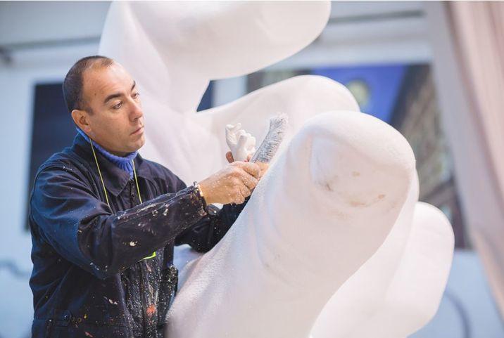 Lorenzo a abandonat actoria pentru a deveni un sculptor de succes.