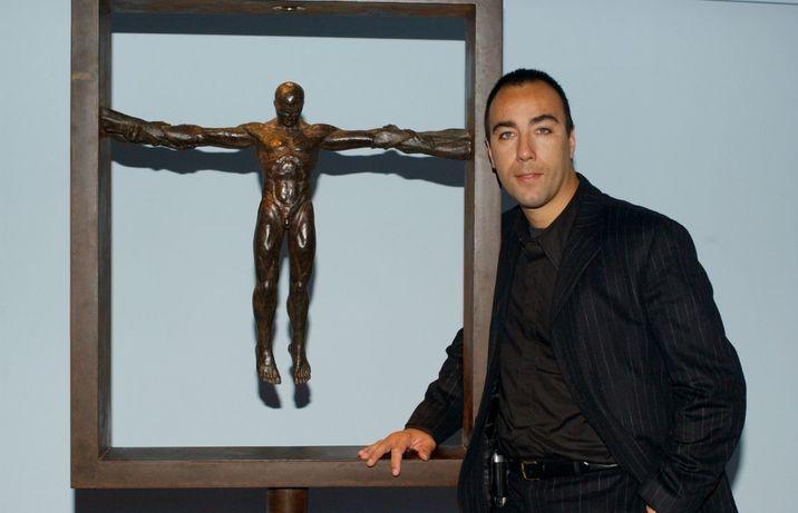 Lorenzo a deprins dragostea pentru sculptură chiar în atelierul tatălui său.