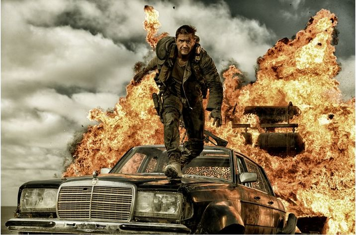 Iain a povestit cum a fost să lucreze cu Tom Hardy pentru Mad Max.