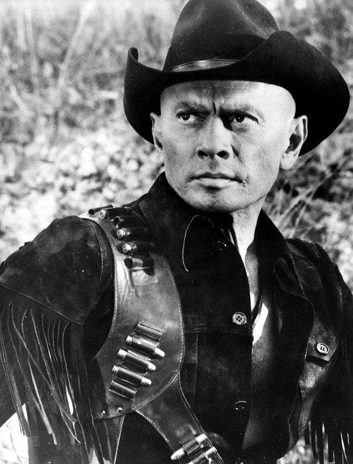 Yul, în 1971, în westernul spaghetti 'Adios, Sabata' , filmat în Roma şi regizat de Gianfranco Parolini.