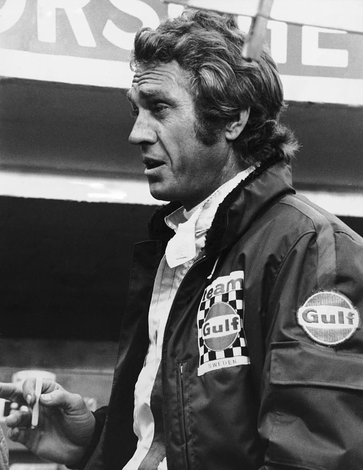 American film actor Steve McQueen (1930 - 1980) on the set of his motor-racing film 'Le Mans' at the Sarthe race track, France, October 1970. (Photo by Keystone Features/Hulton Archive/Getty Images)
