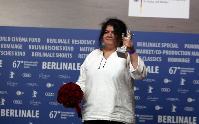 Dana Bunescu a fost distinsă cu Ursul de Argint pentru montaj.