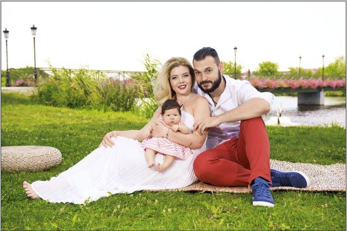 Bianca şi Daniel, alături de fiica lor